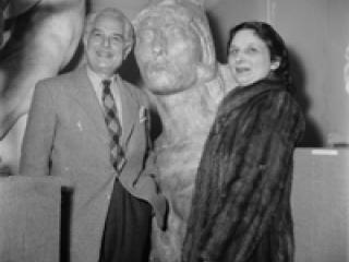 Michel Dufet, directeur du musée Bourdelle et son épouse Rhodia Dufet Bourdelle.